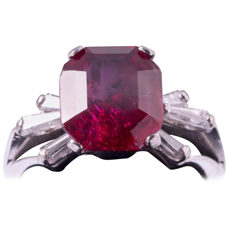 Natural Burma Ruby Ring 4.21 Carat For Sale