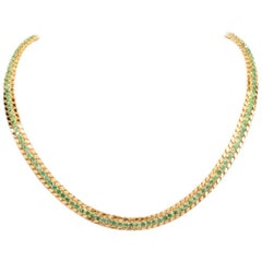 Late 1950s 18 Karat Yellow Gold Chocker Emerald Necklace