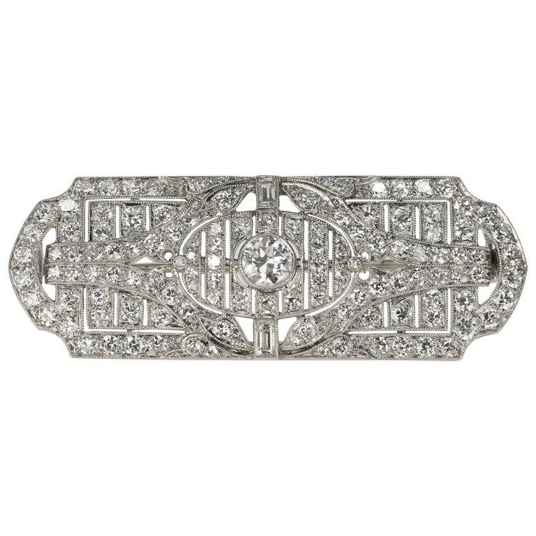 Platinum Hayden W. Wheeler & Co Art Deco Brooch, circa 1930s For Sale