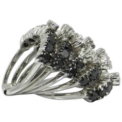 18 Karat White Gold Black and White Diamonds  Garavelli Ring