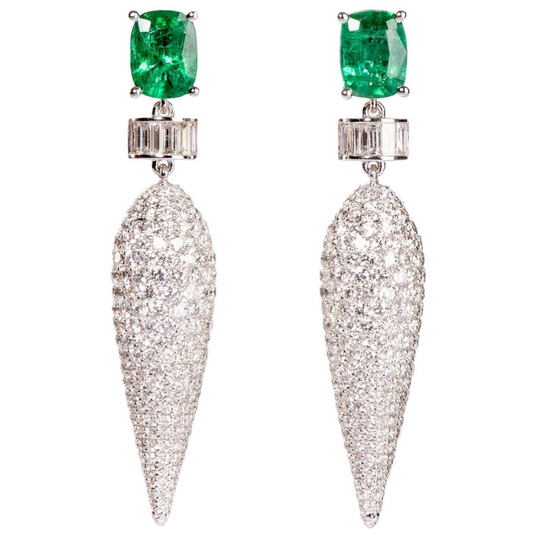 Icicle Emerald and Diamond Dangler Earrings For Sale