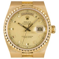Rolex Day-Date Egyptian Oysterquartz Gents Gold Champagne Dial B&P 19028 Watch
