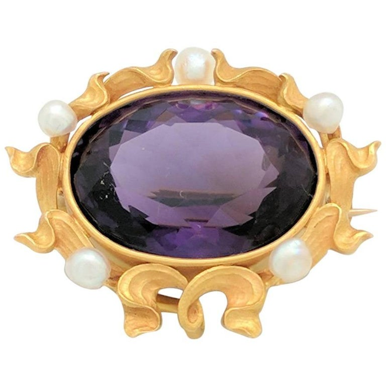 14 Karat Yellow Gold Amethyst and Seed Pearl Brooch Pin