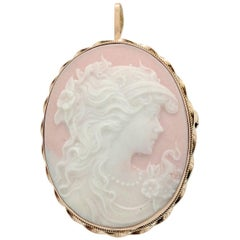 14 Karat Yellow Gold Cameo Brooch Pin Pendant, 4.3 Grams