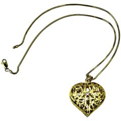 Lovely Open Work Gold Heart Pendant