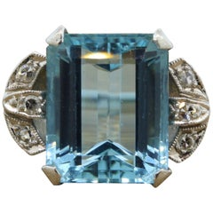 Retro Aquamarine Diamond Platinum Ring