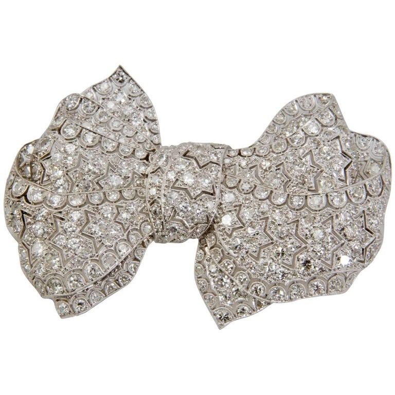 Platinum Diamonds Bow Brooch