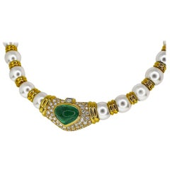 Bvlgari Diamond Emerald 5.99 Carat Pearl Necklace 18Karat Yellow Gold