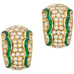 Van Cleef & Arpels Emerald  Diamond Earclips