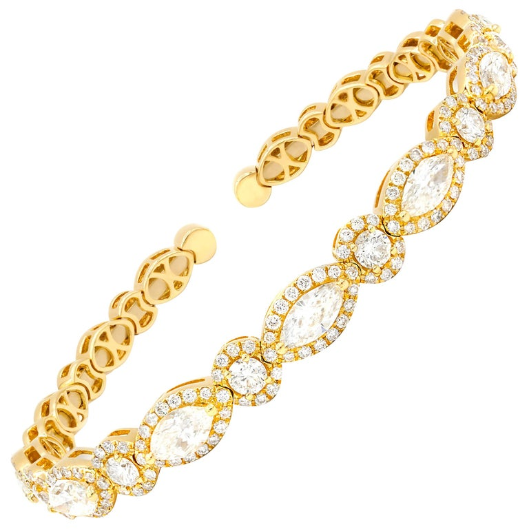 18 Karat Yellow Gold Diamond Cuff Bracelet For Sale