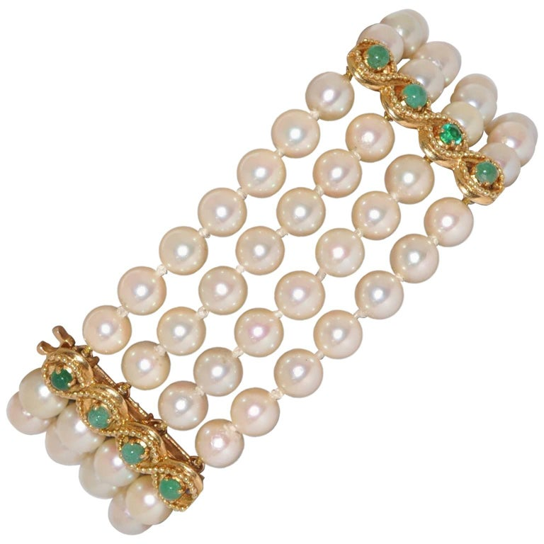 Pearls and Emeralds Yellow Gold Beaded Bracelet