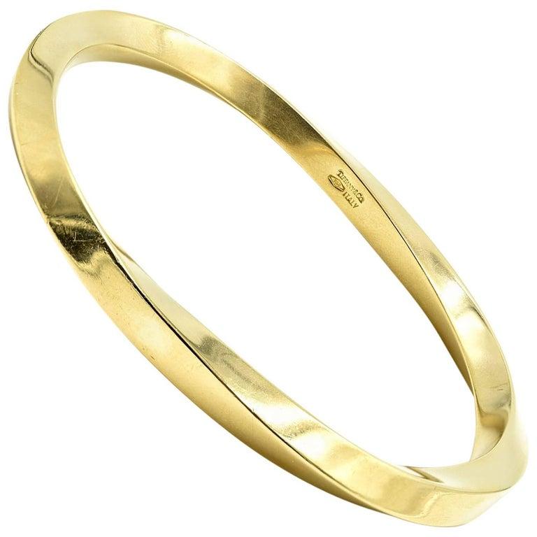 Vintage Tiffany & Co. Twisting Bangle Bracelet 14 Karat Yellow Gold
