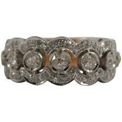Renaissance Style 0.90 Carat Diamond Yellow Gold Ring