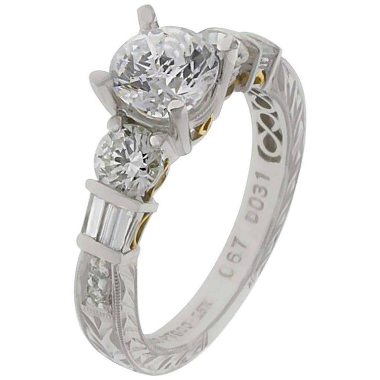 Engagement Ring with 1.01 Carat Round Brilliant Centre Diamond