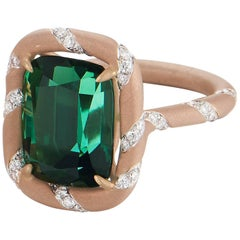 Green Tourmaline 8.31 Carat and Diamond 0.76 Carat, 18 Karat Rose Gold Ring