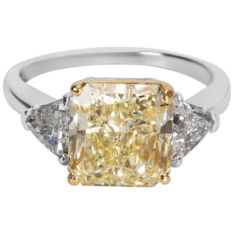 GIA Certified Fancy Yellow Diamond Engagement Ring in 18KT Gold 4.90 Carats