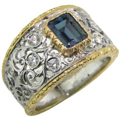 1.25 Carat Alexandrite and 18 Karat Gold Florentine Engraved Ring, Made in Italy
