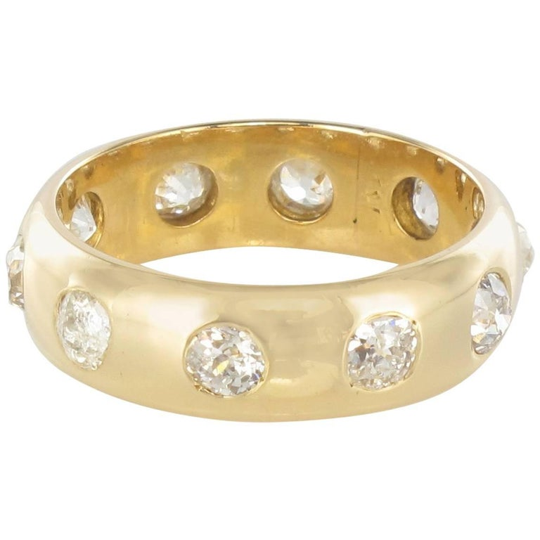 1 Carat Diamond 18 Karats Yellow Gold Domed Band Ring