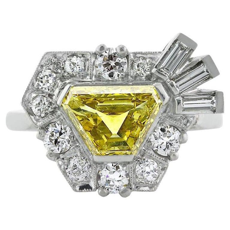Mark Broumand 2.69ct Fancy Vivid Yellow Trapezoid Cut Diamond Engagement Ring