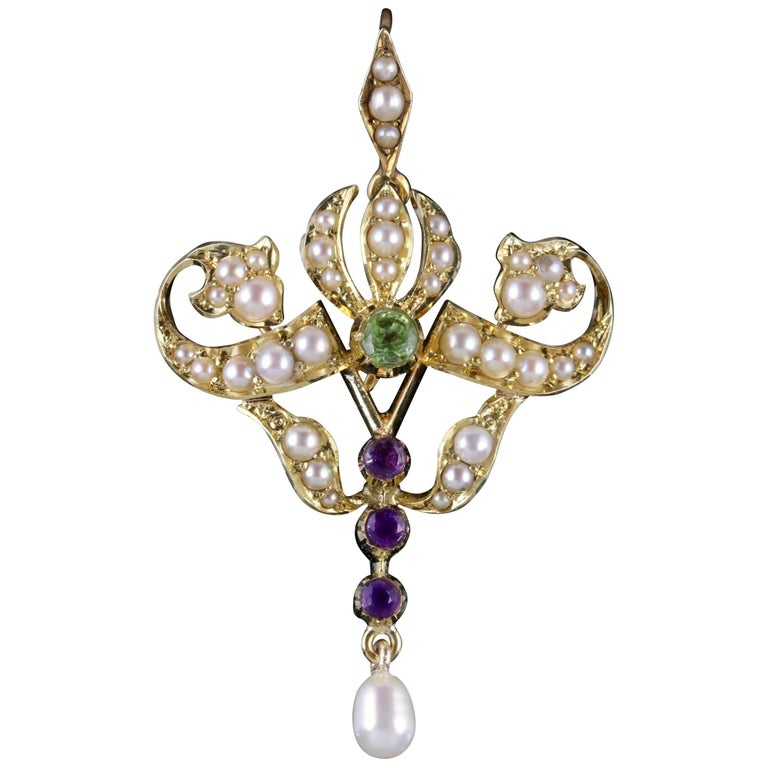 Antique Victorian Suffragette Pendant 15 Carat Gold Pearl, circa 1900 For Sale