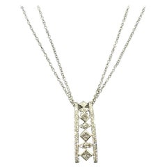 Peter Storm 18 Karat White Gold and Princess and Round Diamond Pendant Necklace