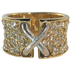 Mark Patterson 18 Karat Two-Tone Gold and 2.31 Carat Round Diamond Garter Ring