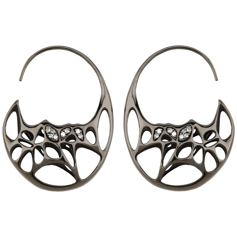FLOWEN Sterling Silver Goda Hoop Earrings in Black Ruthenium and Diamonds