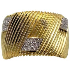Roberto Coin 18 Karat Yellow & White Gold Ribbed Band with 6 Diamond Clusters
