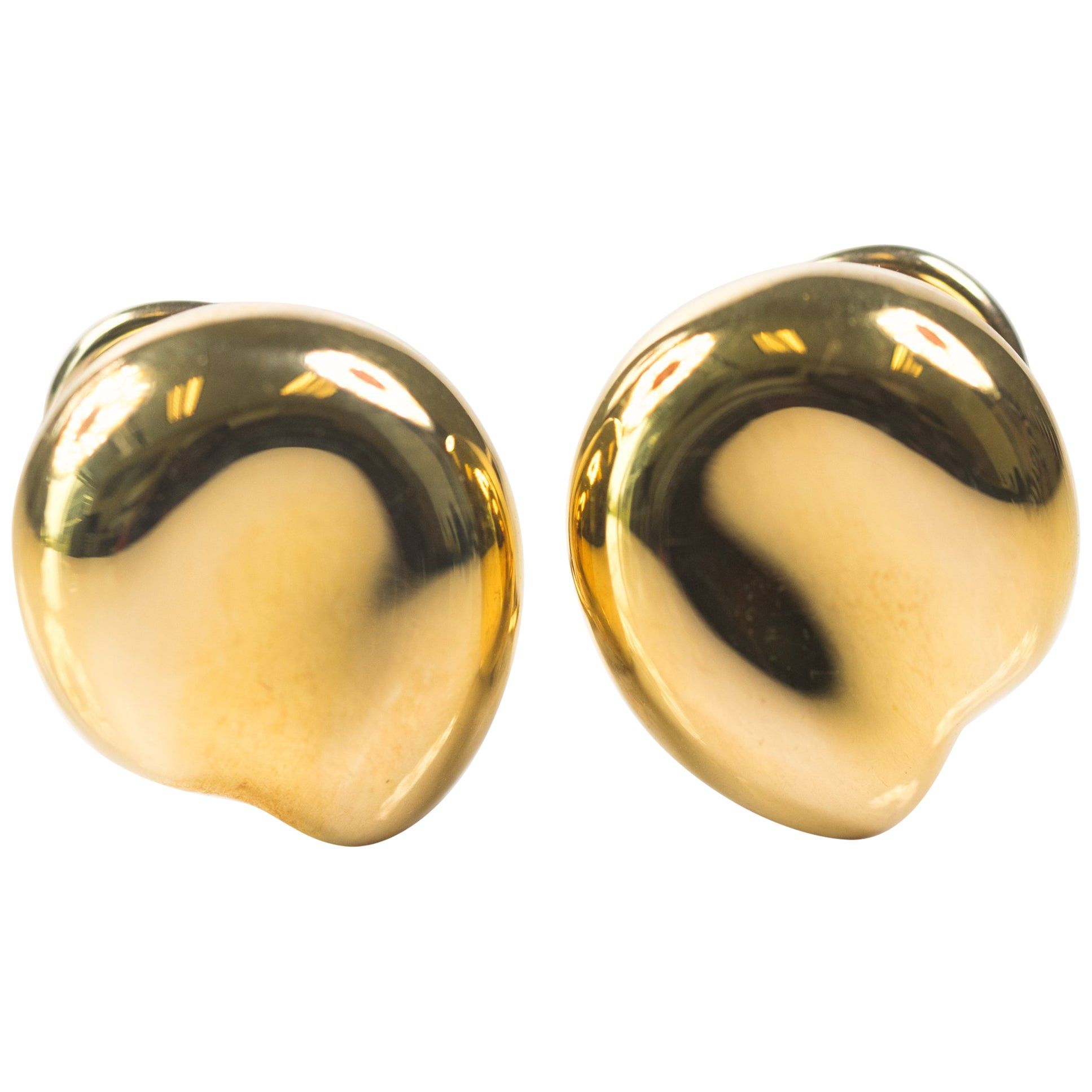 Tiffany and Co. 18 Karat Yellow Gold Earrings, Elsa Peretti Bean Collection
