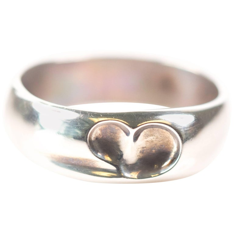 118427078d72d Tiffany and Co. Elsa Peretti Collection Sterling Silver Bean Ring