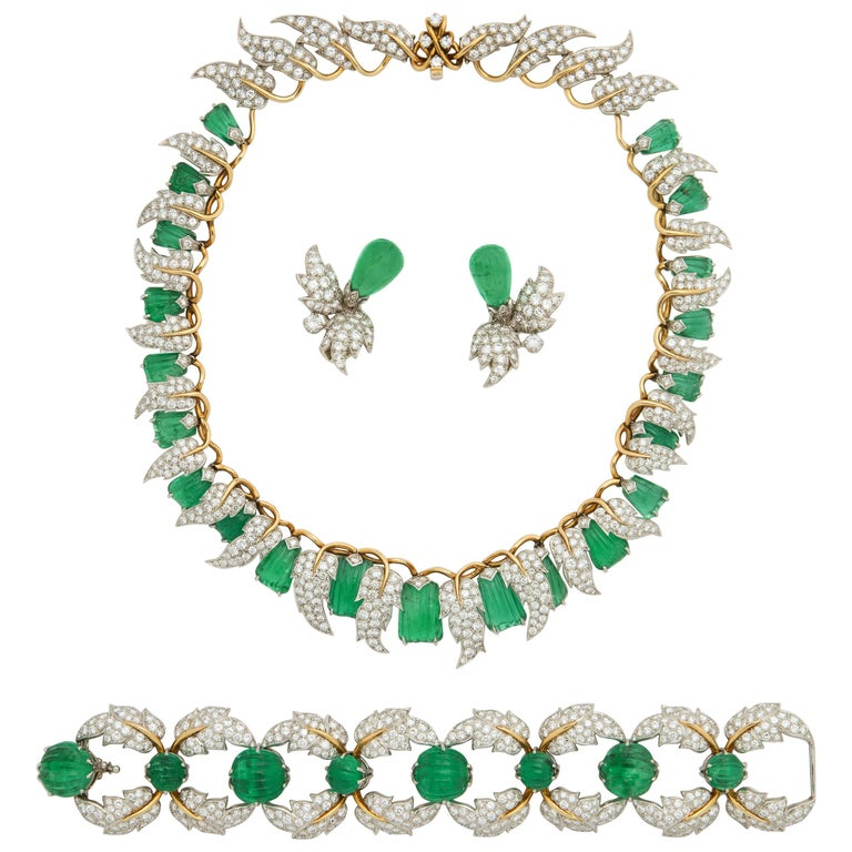 Jean Schlumberger for Tiffany & Co. Carved Emerald Diamond Gold Set For Sale