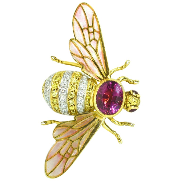 Adria de Haume 18 Karat Gold Bee Brooch / One of a Kind For Sale