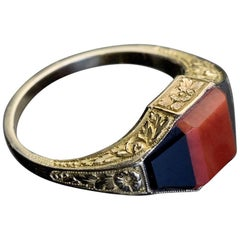 Art Deco Coral Onyx Gold Unisex Ring