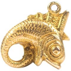 1950s Eternal Circle Fish Charm Pendant, 9 Karat Yellow Gold