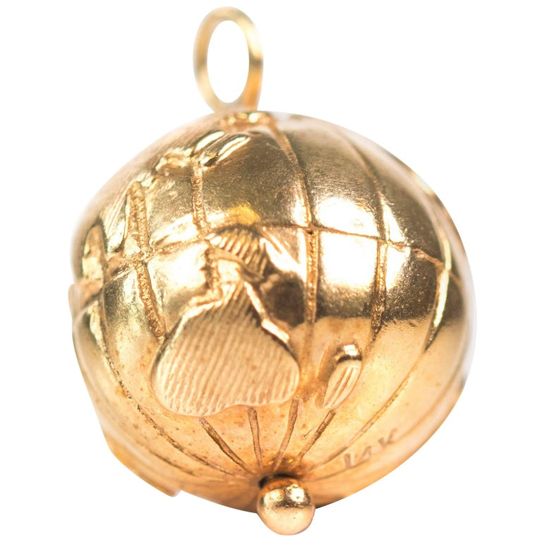 1970s Spinning Globe Charm Pendant, 14 Karat Yellow Gold