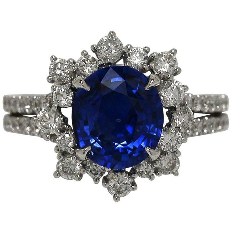 Certified Fine Blue Sapphire 3.77 Carat Diamond Engagement Ring