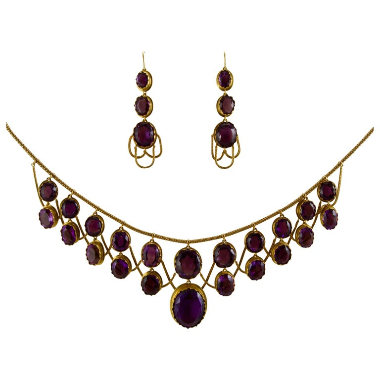 1850 Rare Yellow Gold and Amethyst Drapery Necklace Made in France