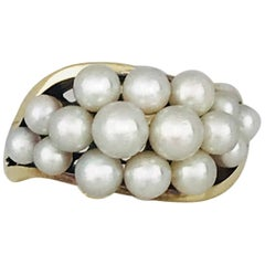 Mikimoto, White Pearl Cluster 14 Karat Yellow Gold Ring