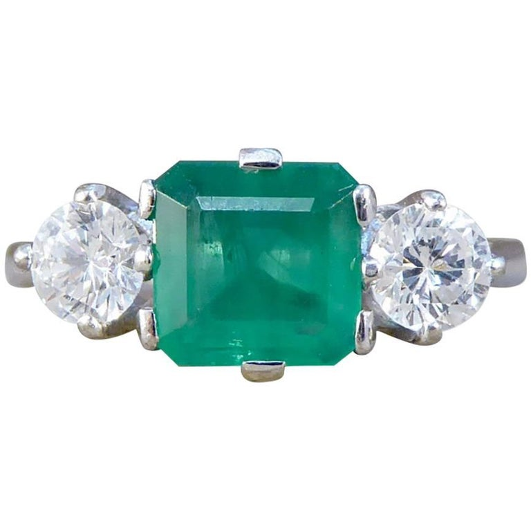 Vintage Emerald and Diamond 18 Carat White Gold Ring