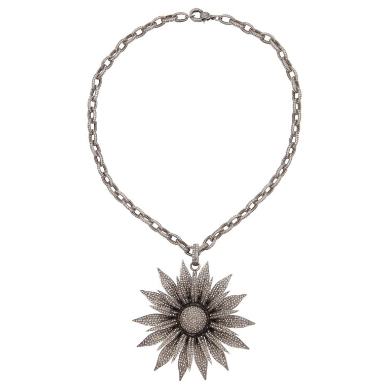 Diamond Daisy Necklace