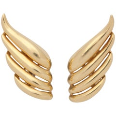 Tiffany & Co. 1980s Stylish Mercury Wing Design Four-Row Gold Earclips with Post