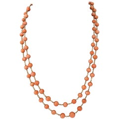 1940's Coral Bead Double Strand Gold Necklace With Clasp