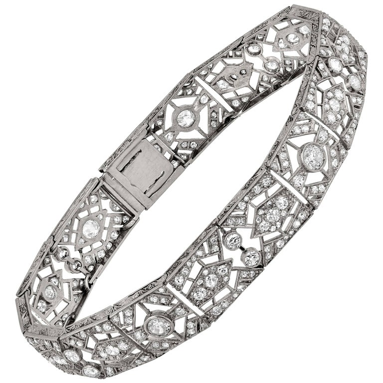 Platinum Art Deco Bracelet Featuring 5.5 Carat of Rose and Old Mine Cut Diamond