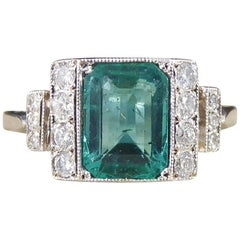 Emerald and Diamond Ring in 18 Carat White Gold