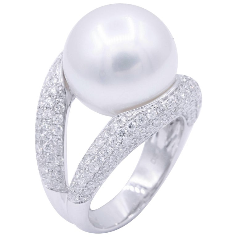 18 Karat South Sea Pearls and Diamond Cocktail Elegant Ring