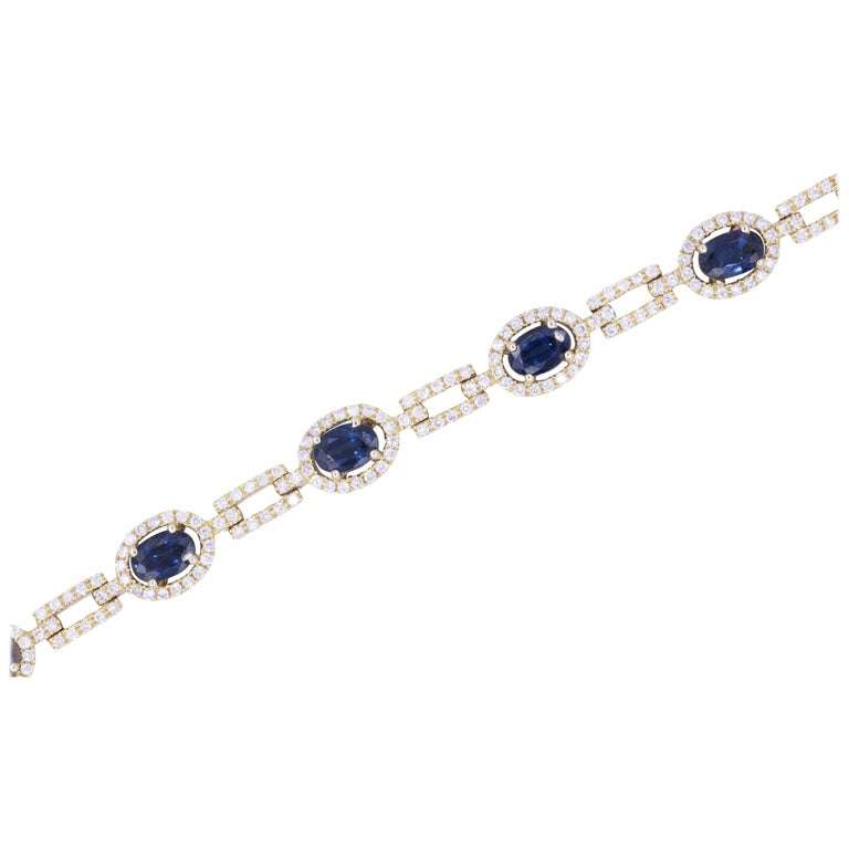 Oval Sapphire and Diamond Yellow Gold Bracelet 8.63 Carat For Sale