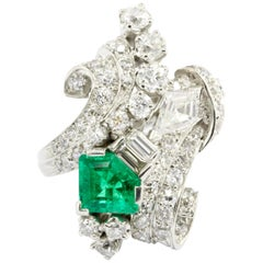 Retro Art Deco Platinum Diamond Emerald Cluster Ring, circa 1930s