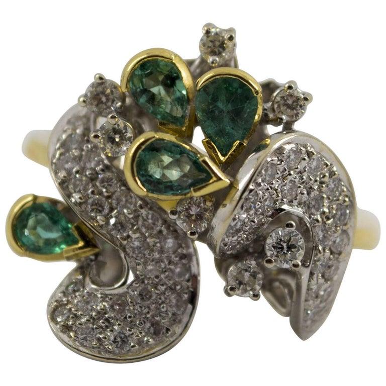 1.50 Carat Emerald 1.0 Carat Diamond Yellow Gold Cocktail Ring