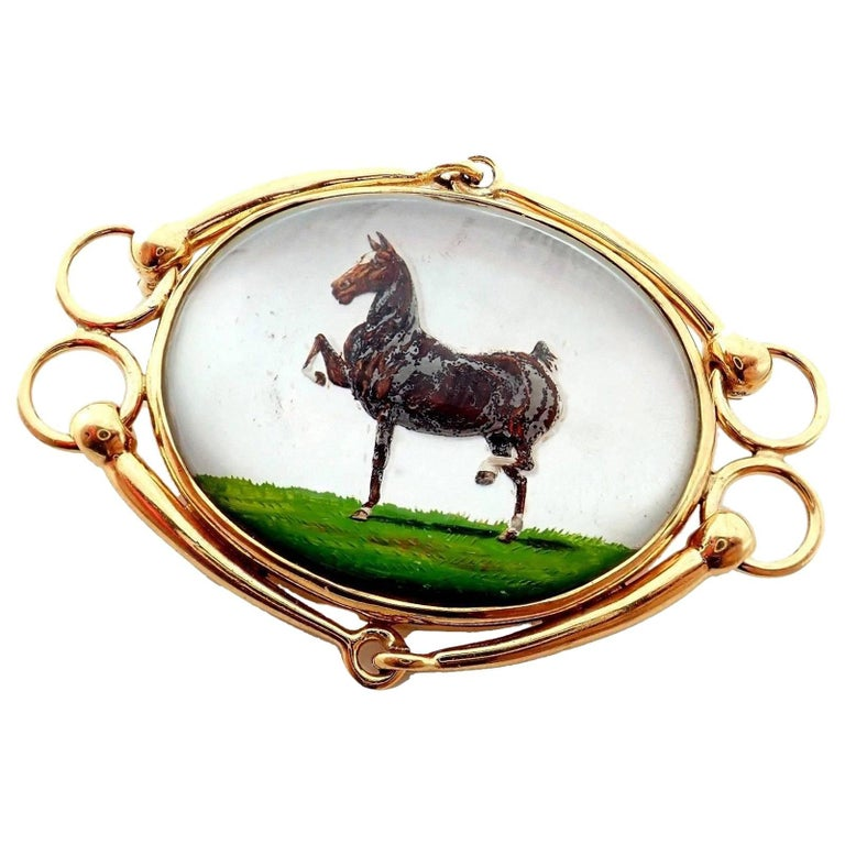 JE Caldwell & Co Essex Crystal Reverse Intaglio Horse Yellow Gold Brooch Pin