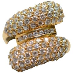 Bypass Style Setting with 2 Carat of Diamonds in 18 Karat Gold Cocktail Ring